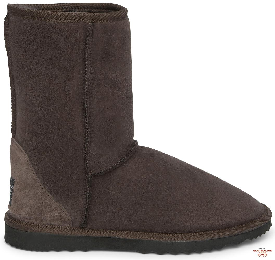 Mens Classic Short Deluxe Ugg Boots. Image. Chocolate. Loading zoom