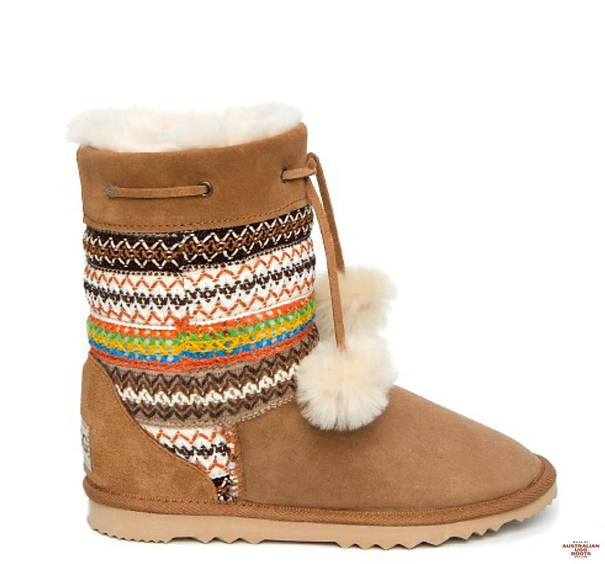 Navajo Short Boots With Pom Poms